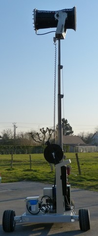 Spraystream 25i Plate Forme avec mât déployé